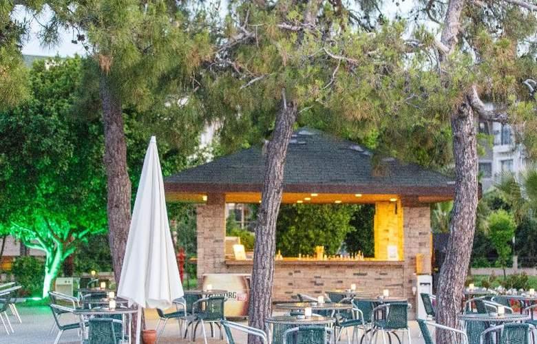 Novia Lucida Beach Hotel - Terrace - 28