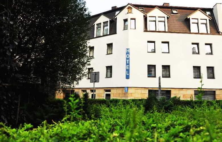 Atrium - Hotel - 0