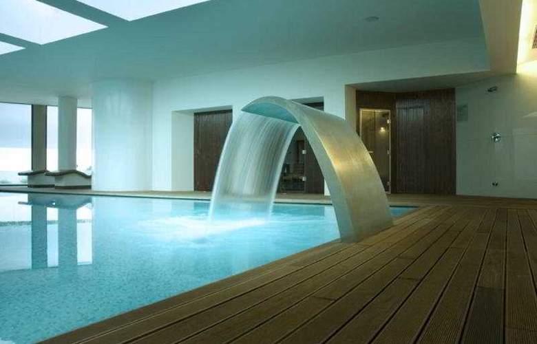 Dom Gonçalo Hotel - Pool - 7