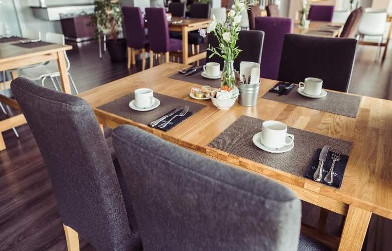 Nuria - Restaurant - 19