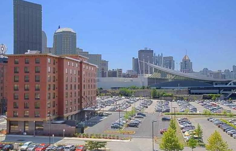 Hampton Inn & Suites Pittsburgh-Downtown - Hotel - 8