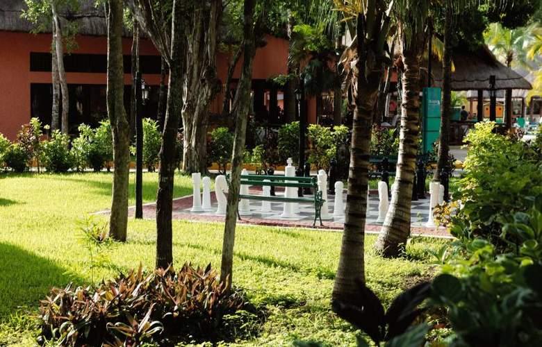 Hotel Riu Lupita - General - 1