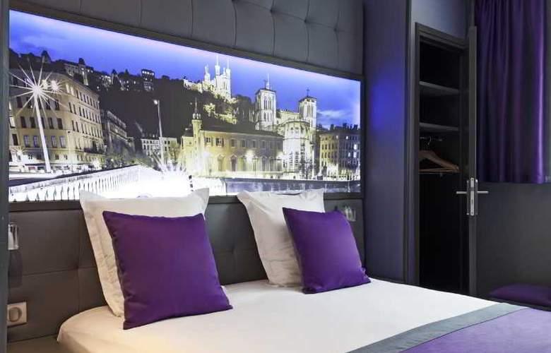 Hotel Des Savoies - Room - 10