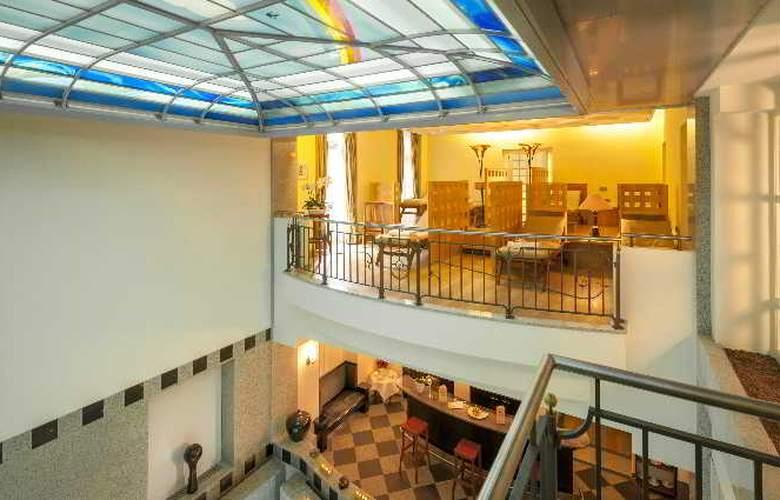 Dorint Maison Messmer - Pool - 48