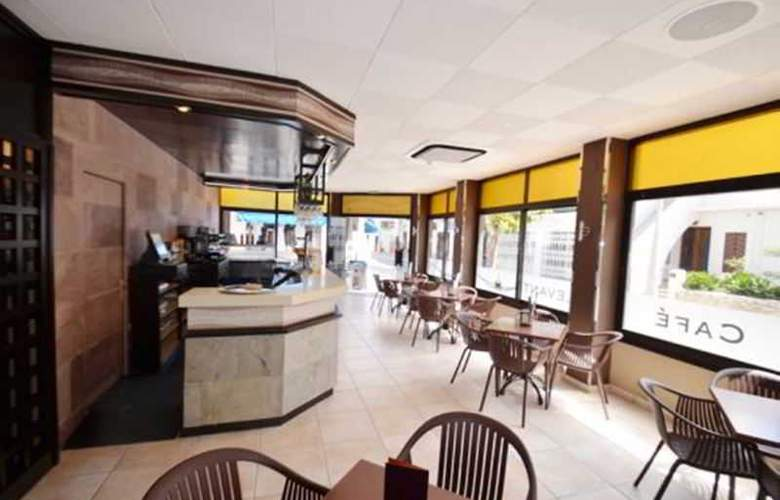 Azuline Hotel Llevant - Bar - 17