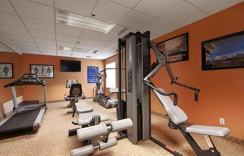 Best Western Plus Executive Inn Scarborough - Sport - 137