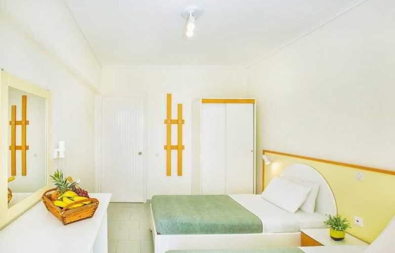 Port Marina - Room - 9
