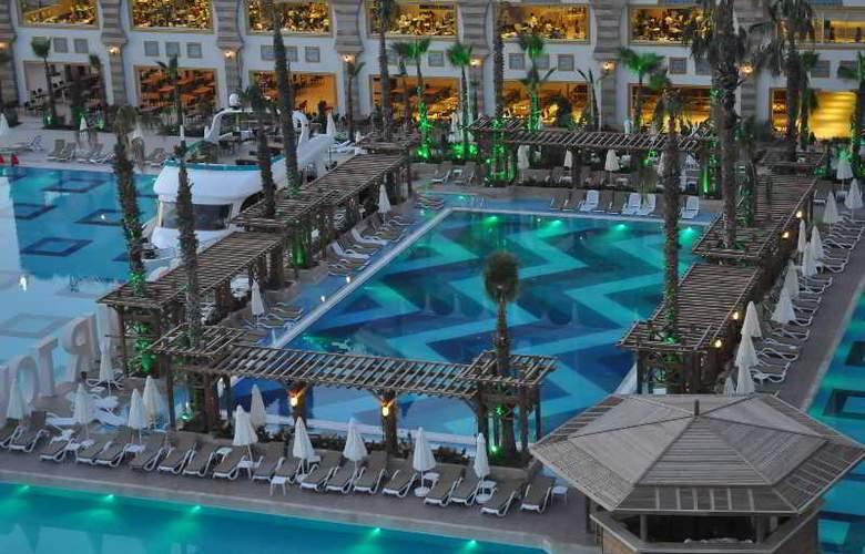 Crystal Sunset Luxury Resort & Spa - Hotel - 7