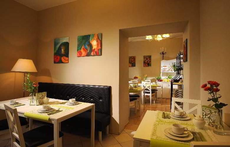 Aparthotel Leone - Restaurant - 25