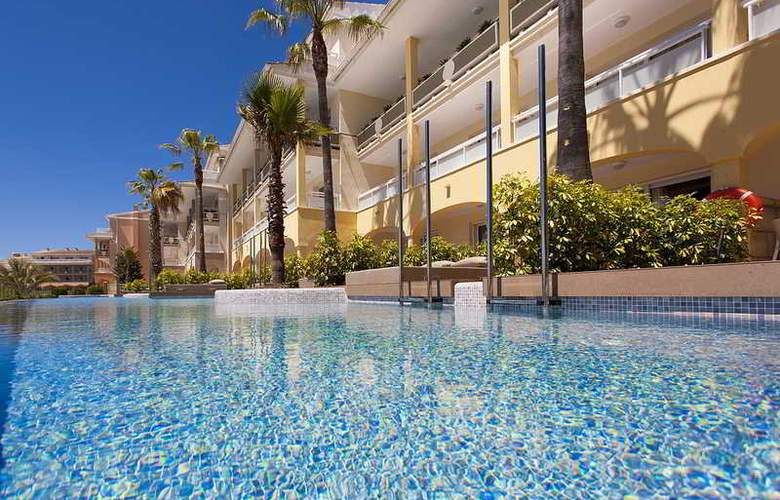 Insotel Cala Mandia Resort & Spa - Pool - 21