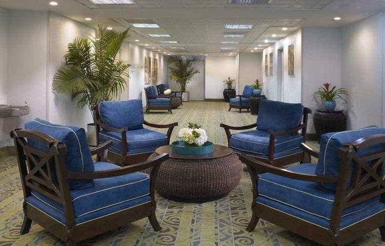 Best Western Plus Atlantic Beach Resort - Hotel - 19