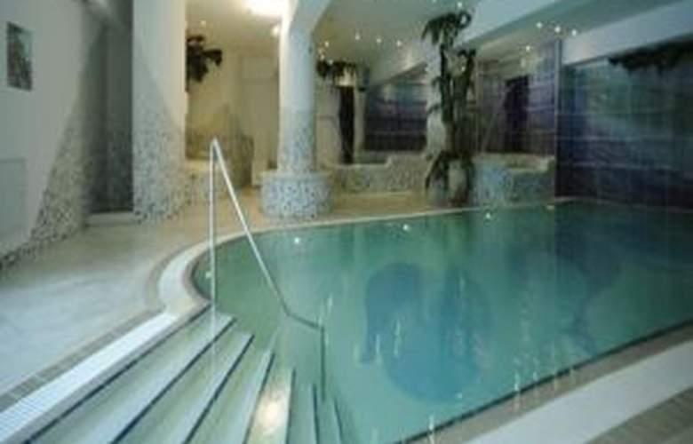 Luna Wellness - Hotel - 3