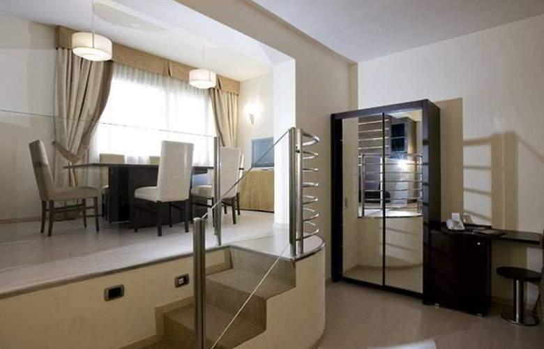 Grand hotel Mediterraneo - Room - 1