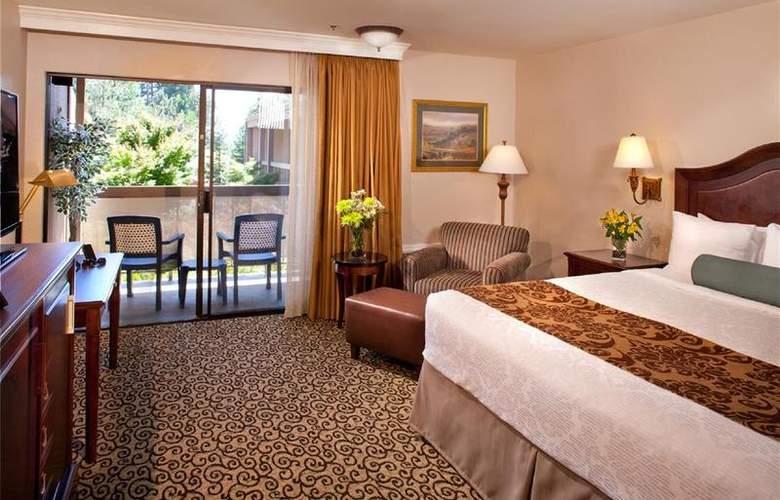 Best Western Plus Inn At The Vines - Room - 17