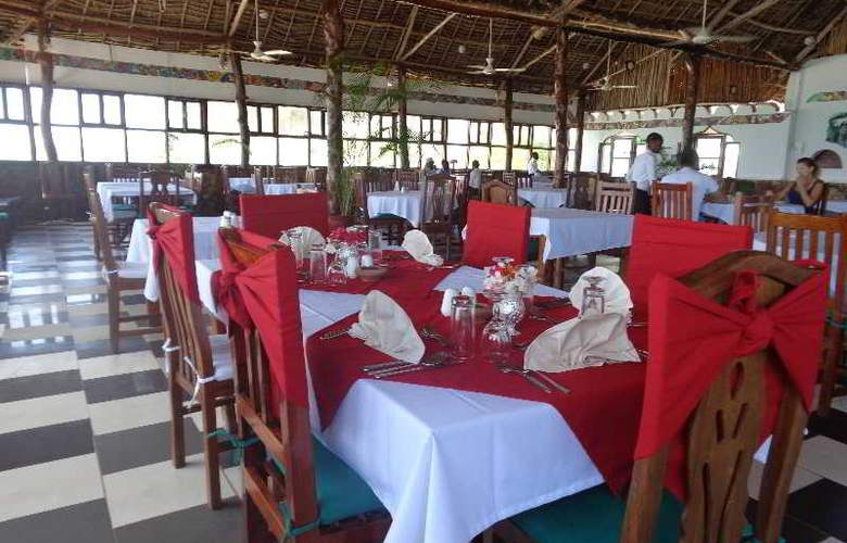 Reef & Beach Resort - Restaurant - 4