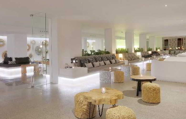 HM Balanguera Beach - Restaurant - 32