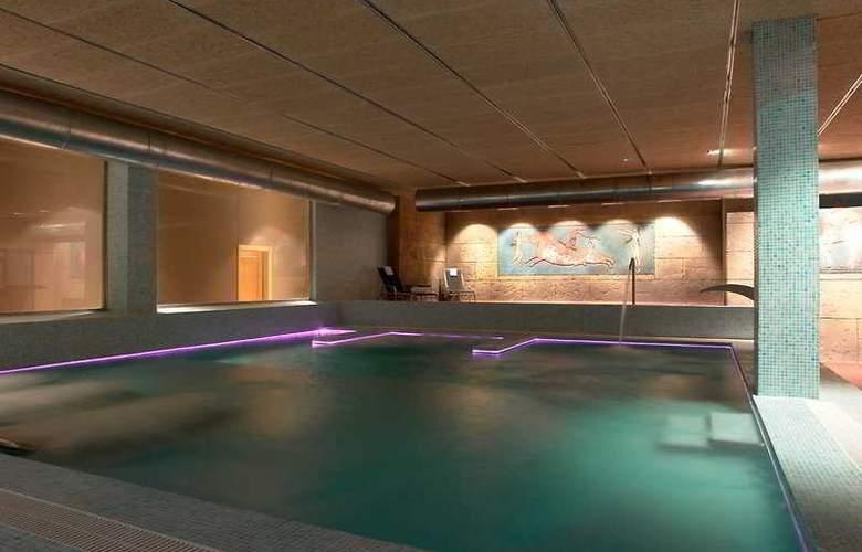 Valencia Congress - Pool - 6