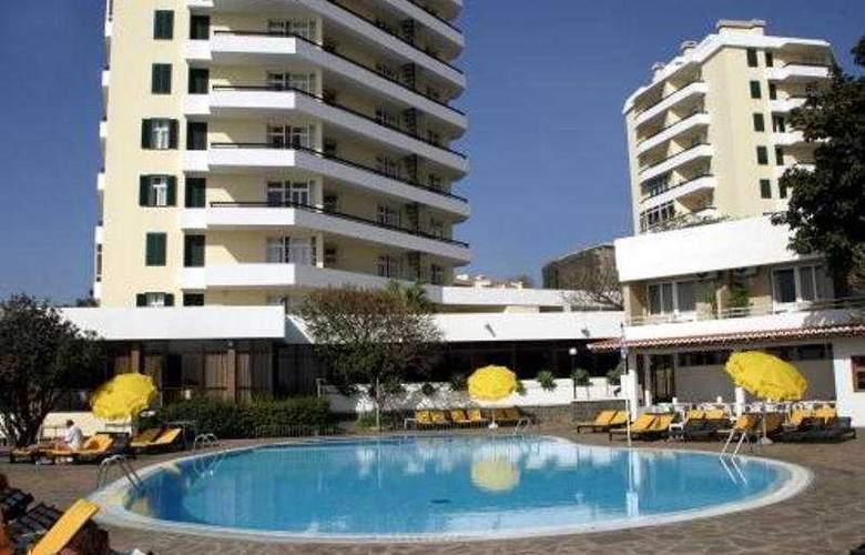 Duas Torres - Hotel - 0