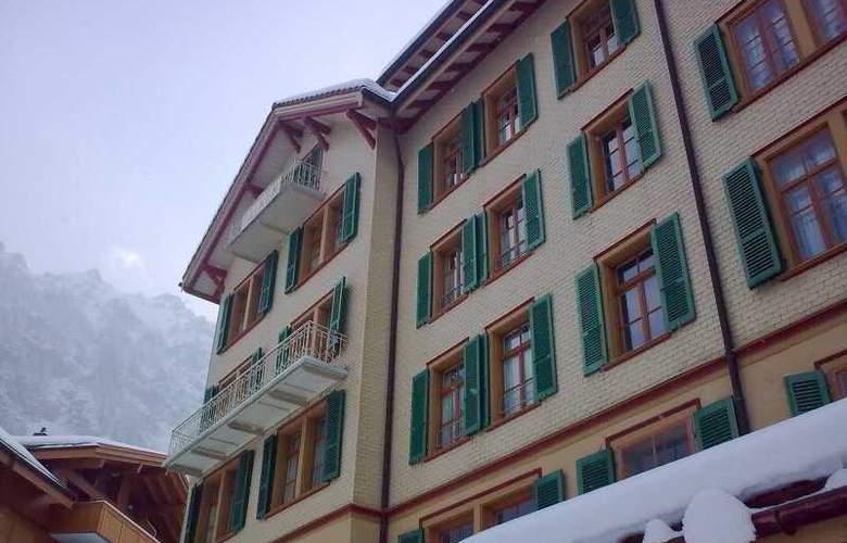 Falken - Hotel - 0