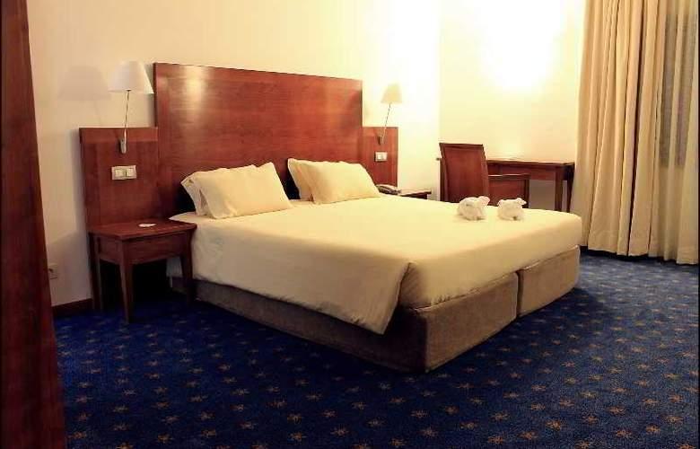Hotel Quinta da Serra - Room - 11