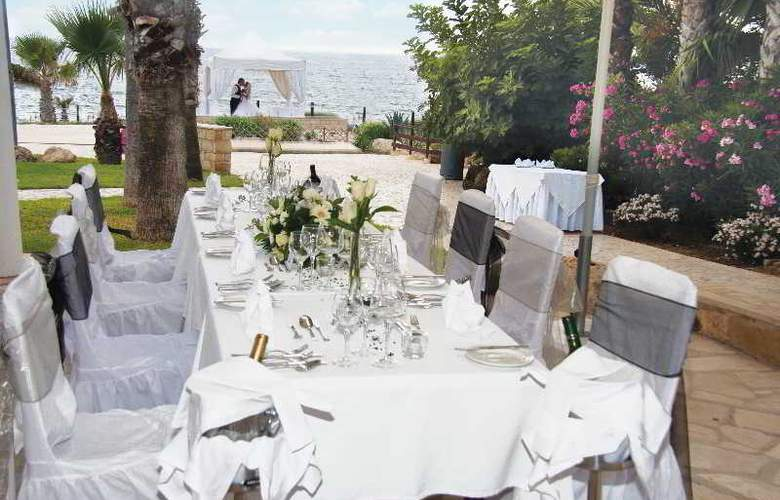 Akti Beach Village Resort - Terrace - 10