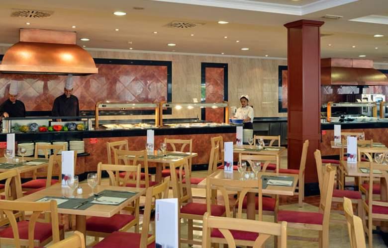 Sol Pelicanos Ocas - Restaurant - 33