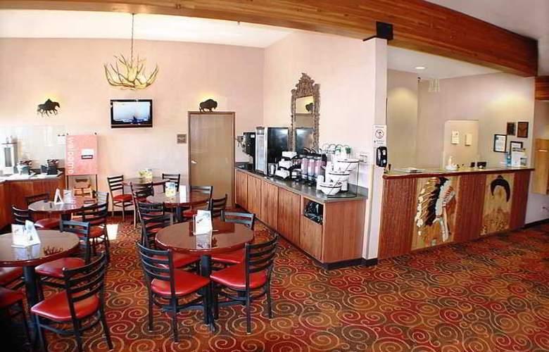 Comfort Inn at Buffalo Bill Village Resort - Restaurant - 9