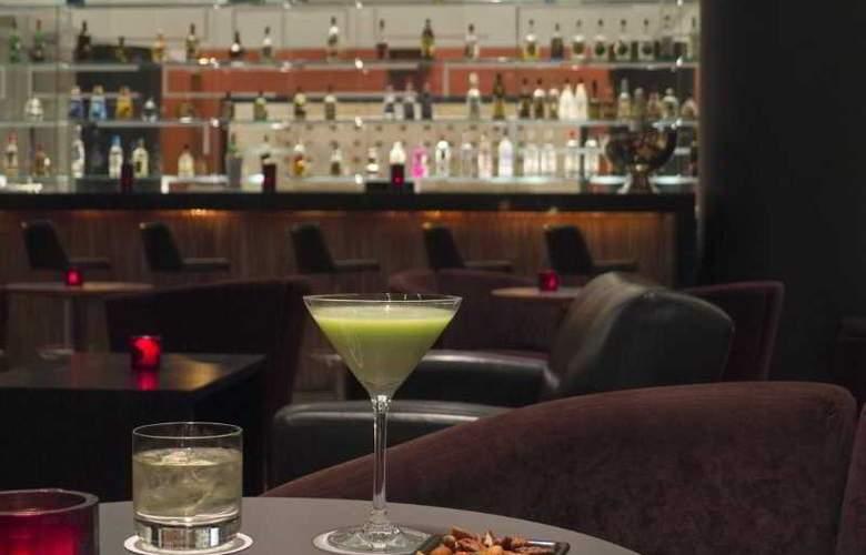 DoubleTree by Hilton Hotel México City Santa Fe - Bar - 33