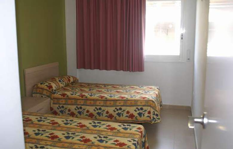 Salou Mediterraneo-Only Families - Room - 1