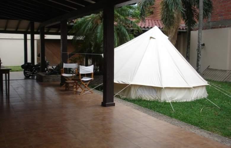 Casa Internacional Los Aventureros - Terrace - 6