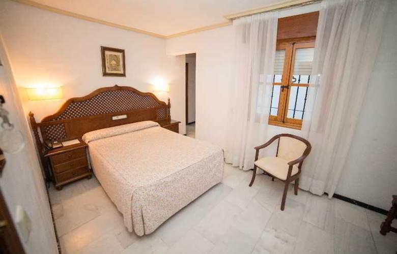 Los Omeyas - Room - 16
