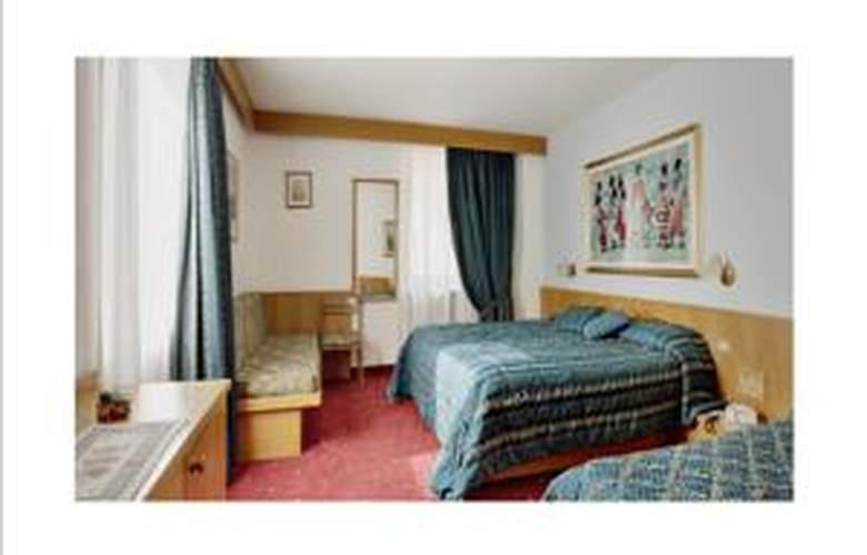 Italia - Room - 3