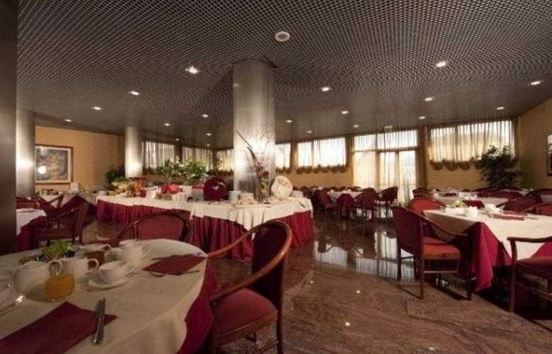 Castelli - Restaurant - 2