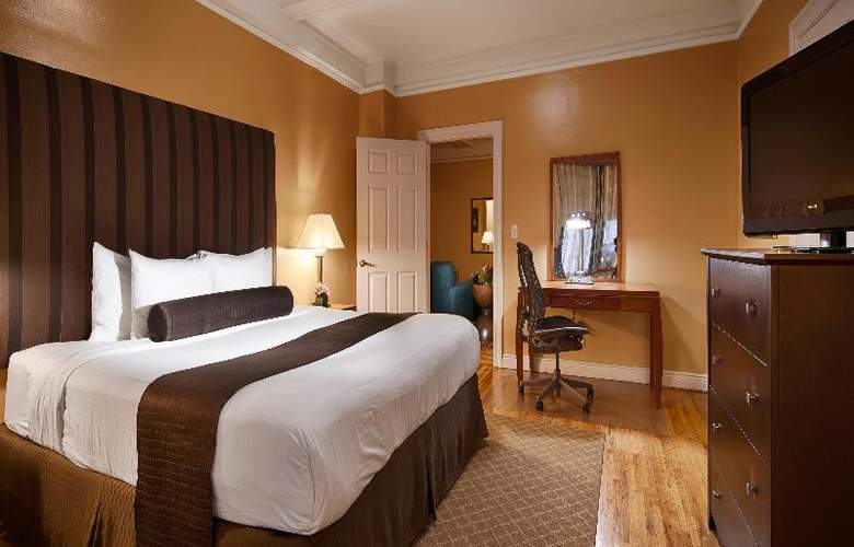 Best Western Plus Hospitality House - Apartments - Room - 2