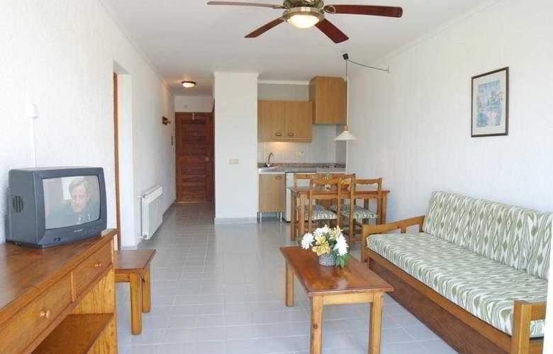 Cala Mandia Park - Room - 3
