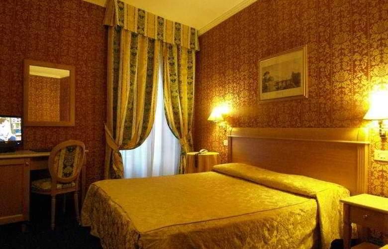 Quiriti - Room - 9