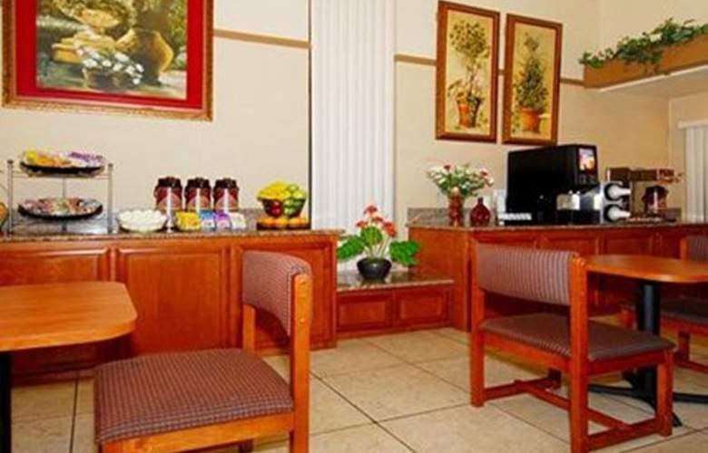 Quality Inn Natomas-Sacramento - Restaurant - 12