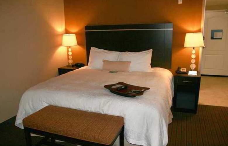 Hampton Inn Brighton - Hotel - 1