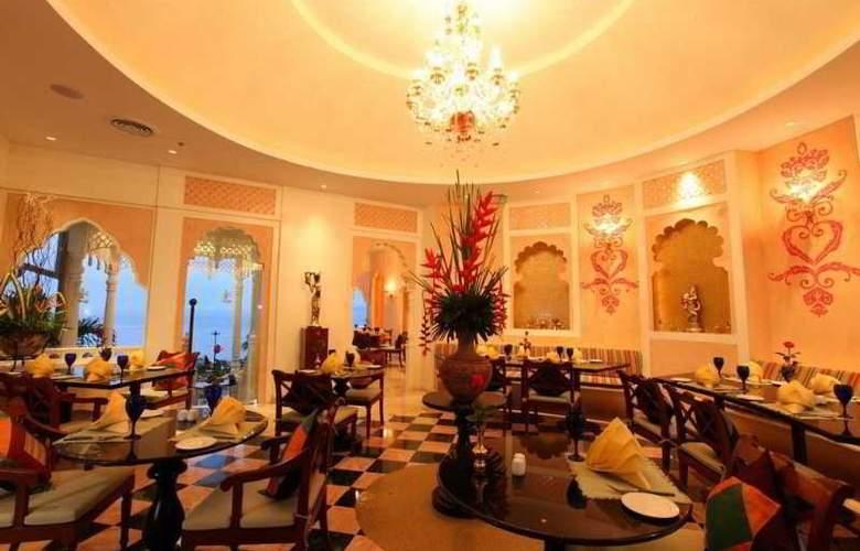 Royal Cliff Beach - Restaurant - 4