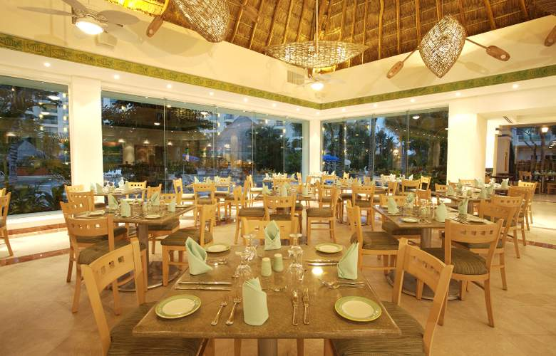 Grand Park Royal Luxury Resort Cozumel - Restaurant - 5