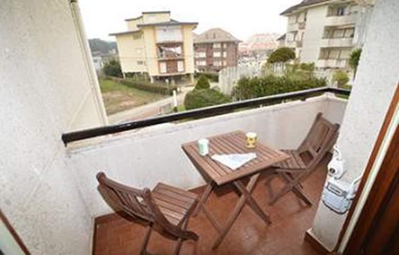 Apartamentos La Estrella - Room - 2