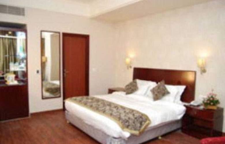 Vesta Maurya Palace - Room - 3