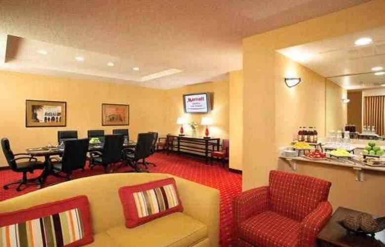 Marriott Suites Las Vegas - Hotel - 25