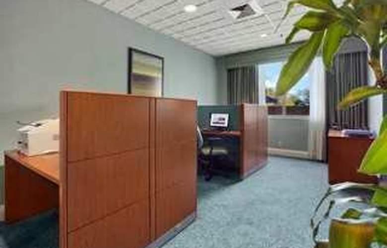 Hilton Fort Lauderdale Airport - Hotel - 0