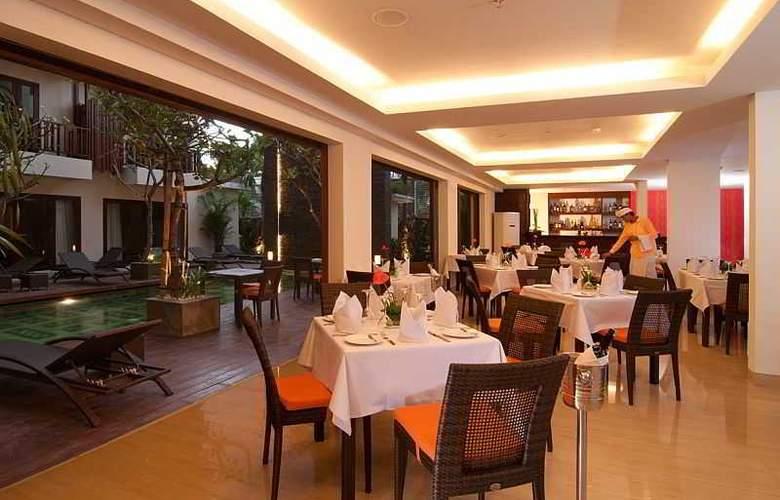 Sense Hotel Seminyak - Restaurant - 11