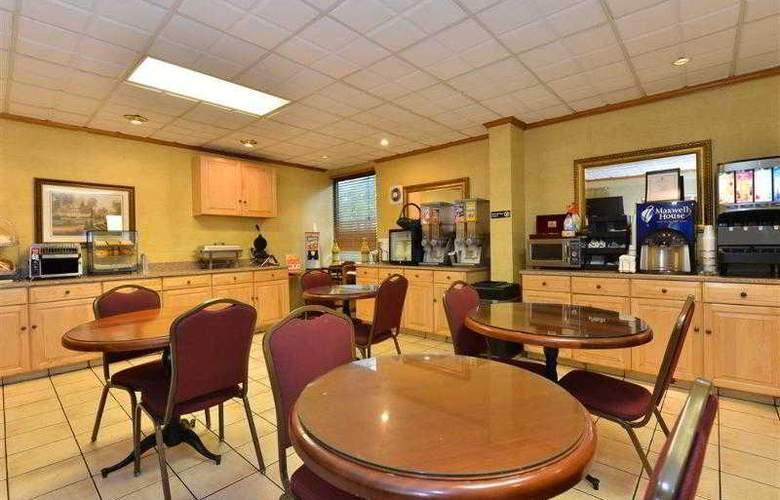 Best Western Plus Richmond Airport Hotel - Hotel - 75