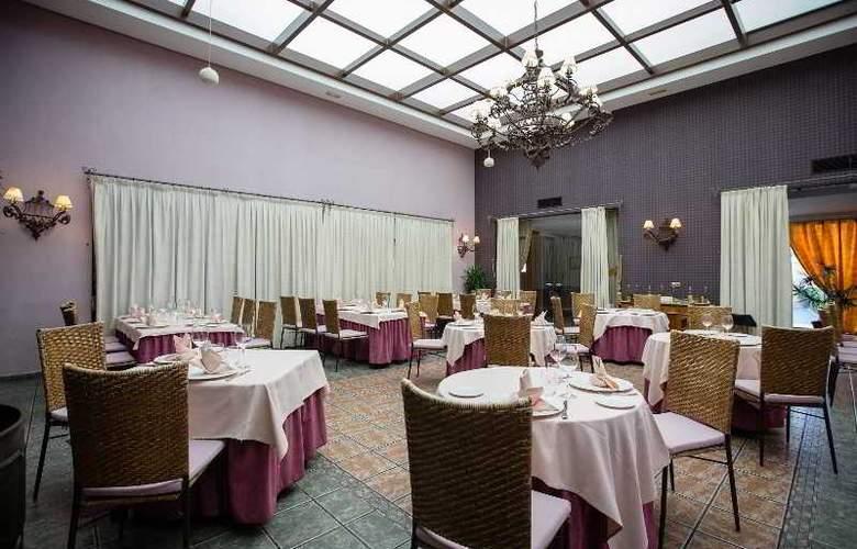 Villa de Ferias - Restaurant - 6