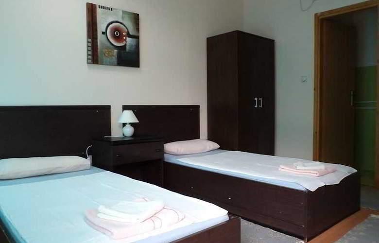 Le Village hotel - Room - 5