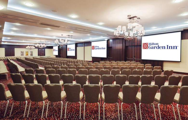 Hilton Garden Inn Astana - Conference - 17