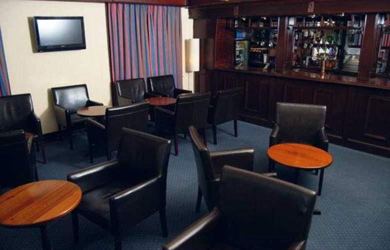 Southampton Park - Bar - 6